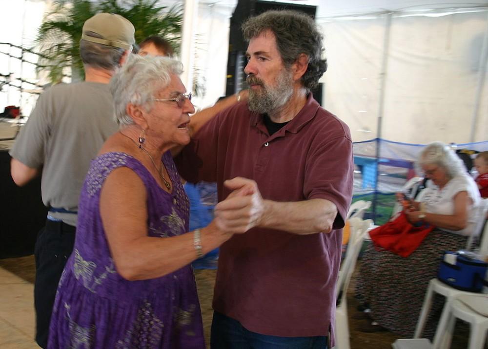 Comportamento compatível com a idade: esse tipo de expectativa pode ser uma forma de preconceito contra o idoso